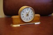 Продам антикварные часы времен СССР
